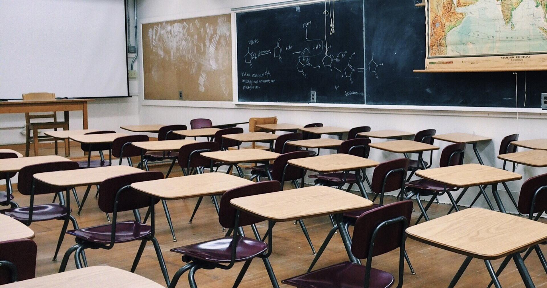 Lüftung von Aufenthaltsräumen in den kreiseigenen Schulen